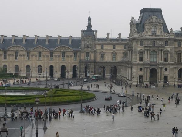 第1位 ルーブル美術館/パリ