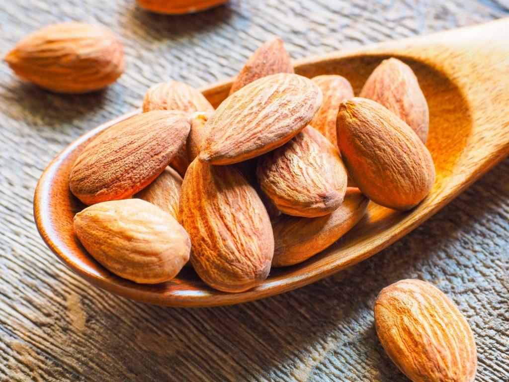 アーモンドの効果効能!老化防止やダイエットに最適!