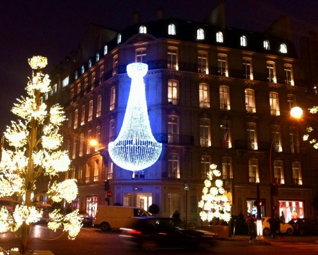 フランス・パリのクリスマス、2018年の様子を予想!
