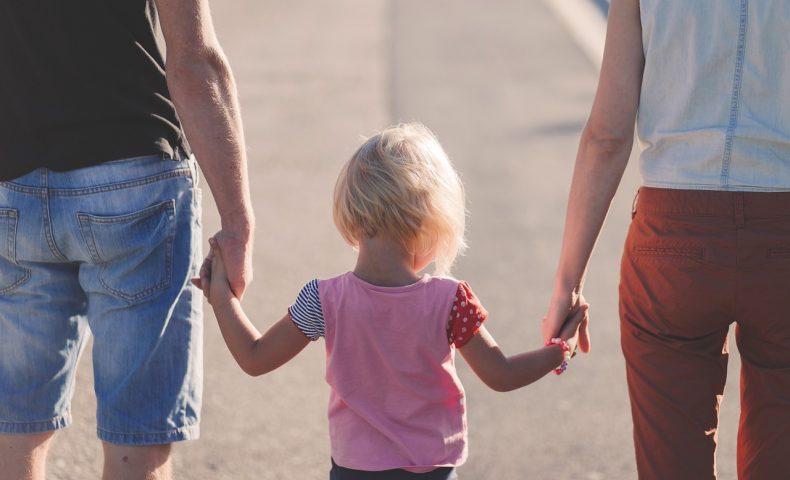 子連れでフランス旅行はツアーがお得?家族旅行の費用も気になる!