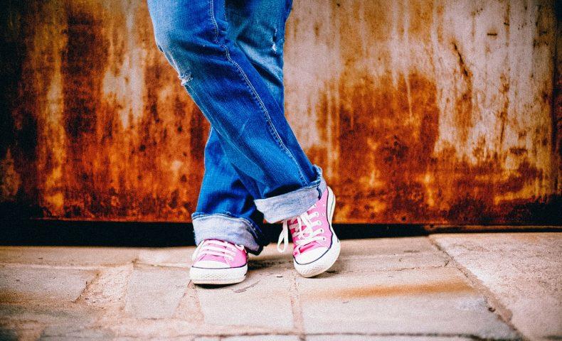 冬のフランス旅行!靴やブーツ選びのポイントは?スカートよりパンツが無難?