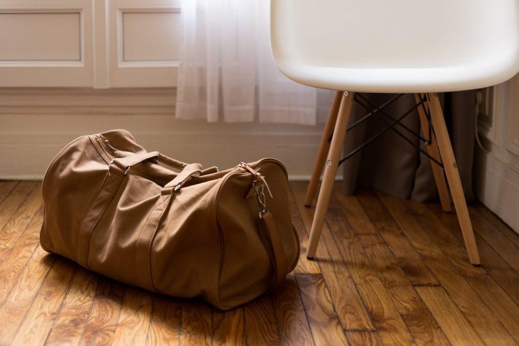 社会人がフランス留学するためにはどんな準備が必要?