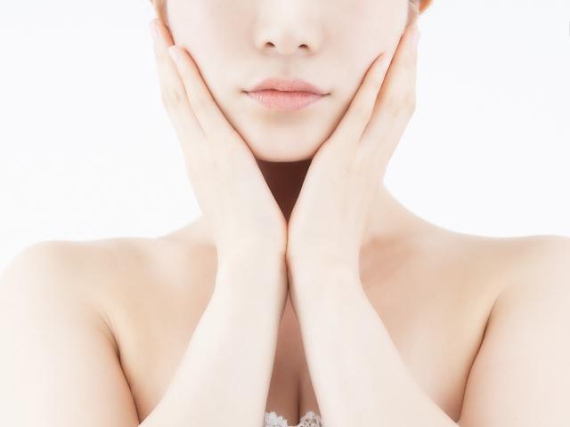 丸岡いずみの様にプチ美容整形をしなくても若い肌を保つ人はいる!