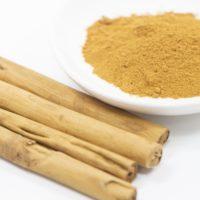 シナモンの効果的な飲むタイミングと量は?乾燥肌やシミなど美容に最適