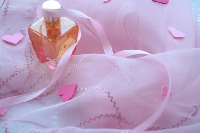 汗と香水が混ざると香水の香りが変化する可能性大!