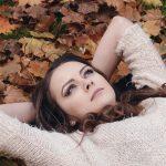 季節の変わり目は自律神経が乱れる時期!秋の眠気と体調の関係は?